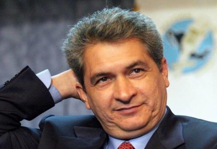 La PGR ofrece 15 millones de pesos por información que lleve a la captura del exmandatario tamaulipeco Tomás Yarrington Ruvalcaba. (Archivo/SIPSE)
