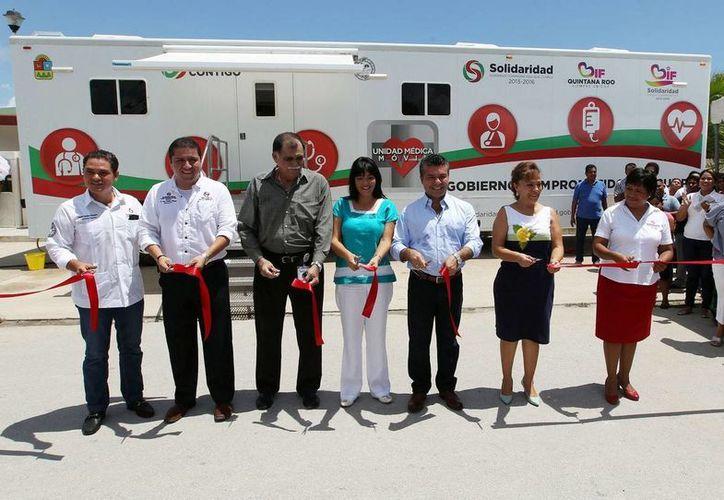 La unidad médica móvil ofrecerá servicios gratuitos a la población de Puerto Aventuras.  (Redacción/SIPSE)
