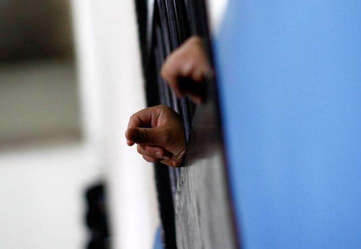 Tras cumplir más de 29 años se sentencia carcelaria, Luis Rojo dice que no sabría como conducirse ni en las calles y por eso prefiere quedarse en prisión. (Agencias)