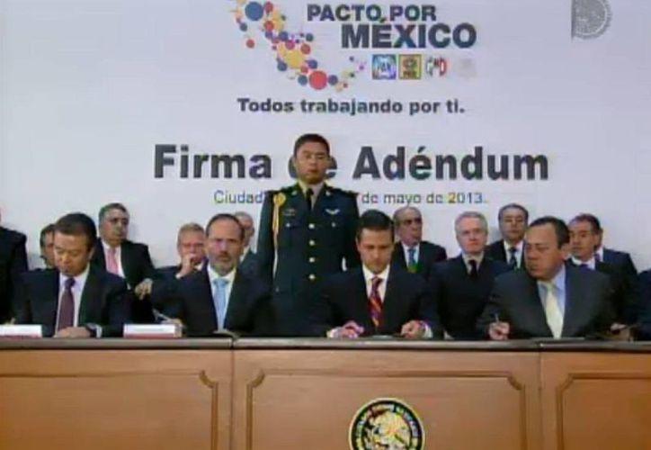 El Presidente llamó a la sociedad mexicana y a los actores políticos a trabajar juntos para blindar los programas sociales. (presidencia.gob.mx)