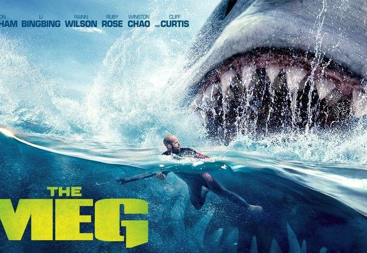 """""""Me parece alucinante lo de este cineasta. Se preocupó por la historia en una película sobre un tiburón gigante"""". (Warner Bros)"""