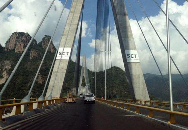 El último tramo del eje interoceánico Durango-Mazatlán será entregado este jueves. (Notimex)