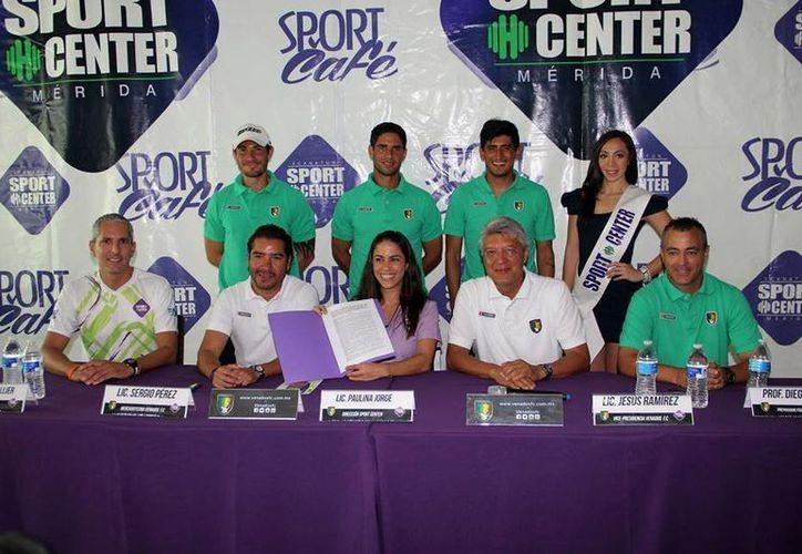 La directiva de Venados FC firmó un convenio con el gimnasio Sport Center, ya que el equipo astado busca que sus jugadores tengan un mejor rendimiento físico y entrenarán ahí. (Venados FC)