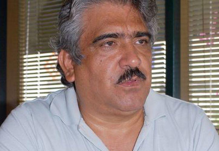 Luis Gerardo Tellez Trejo dijo que el pasado 6 de enero se anunció los cambios en las reglas de operación del Fondo Pyme. (Tomás Álvarez/SIPSE)