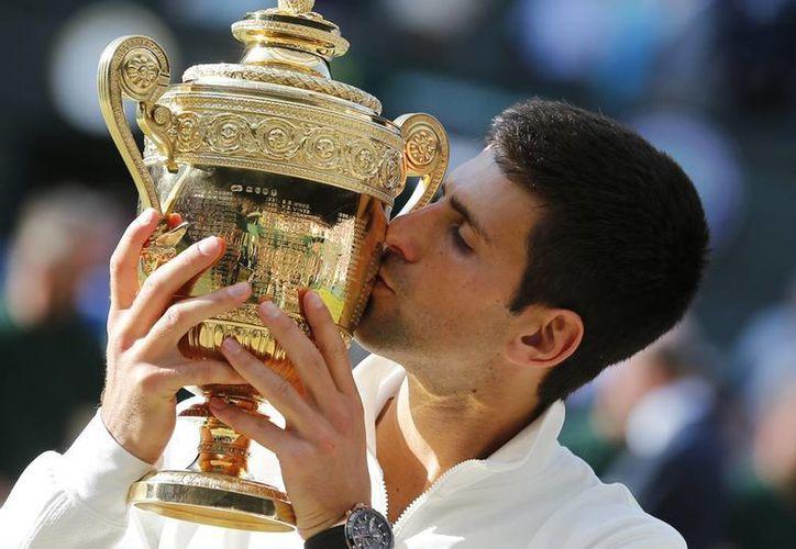El triunfo en Wimbledon permitió a Novak Djokovic volver a ocupar el trono del ranking de la ATP. (AP)