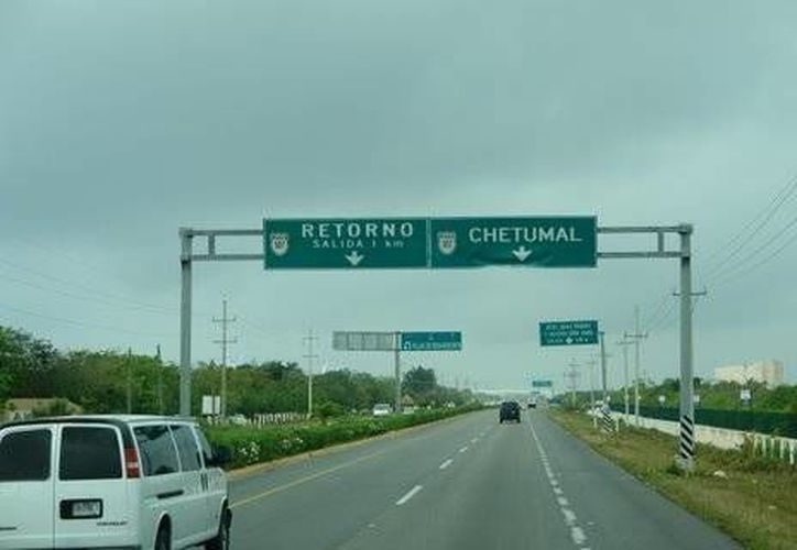 La SCT reporta que la modernización de la carretera Chetumal-Mérida tiene un avance de 90 %. (Foto de contexto/SIPSE)