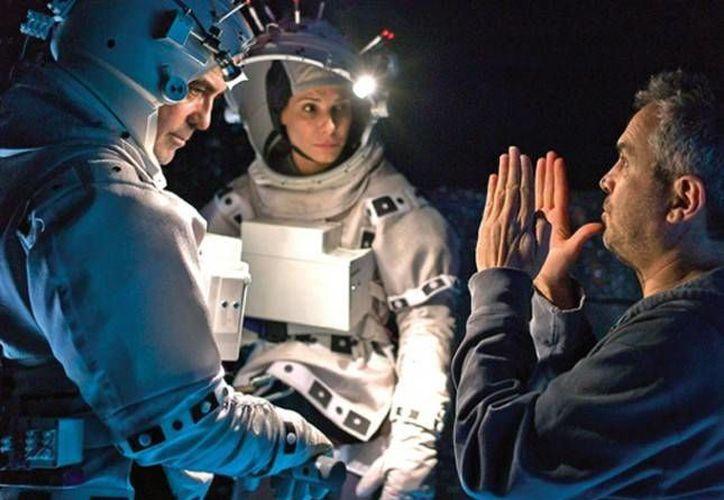 Gravedad, dirigida por el mexicano Cuarón, financiada por Warner Bros y con actores de Hollywood.(cinergetica.com.mx)