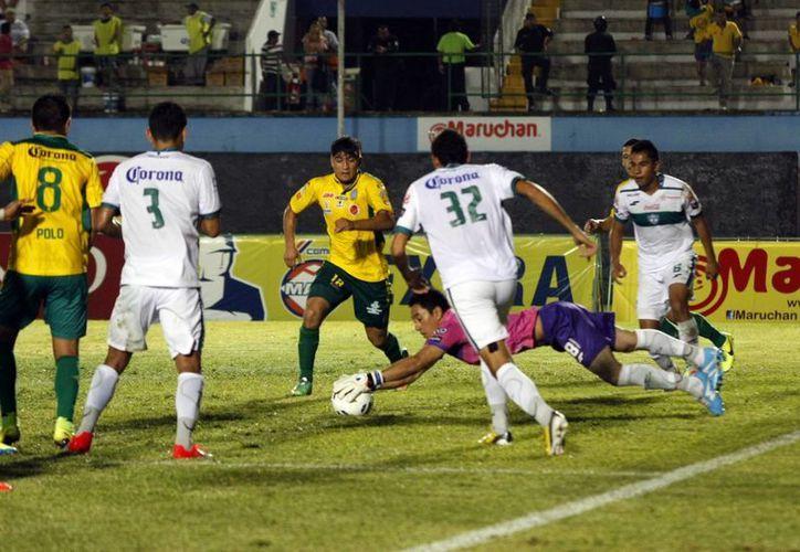 El CF Mérida ya suma tres derrotas  en fila en casa, lo que coloca al equipo en el puesto 13 de la tabla general en la Liga de Ascenso MX. (Christian Ayala/Milenio Novedades)