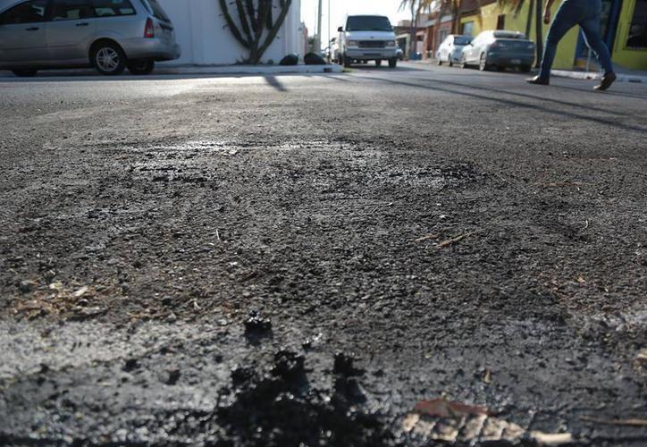 Dos dirigentes del PAN local fueron denunciados ante la FGE por el tema de las calles dañadas con ácido. (Milenio Novedades)