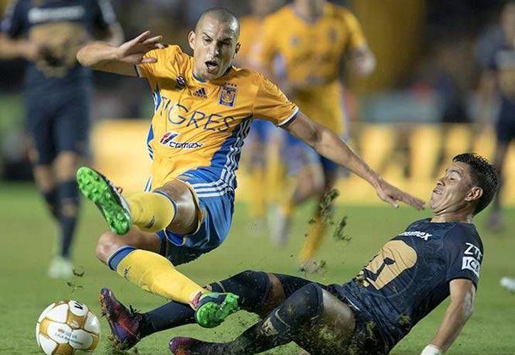 Prácticamente solo hubo un equipo en el terreno de juego. Tigres le pasó por encima a Pumas, le ganó 5-0 y avanzó a semifinales por global de 7-2. (Fotos: mexsport.com)