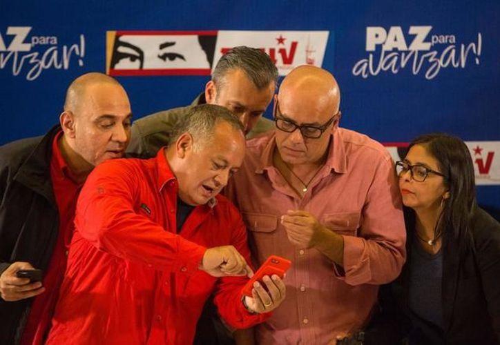 El ministro viajó para examinar la deuda de Venezuela a las instituciones. (Foto: El Mundo)