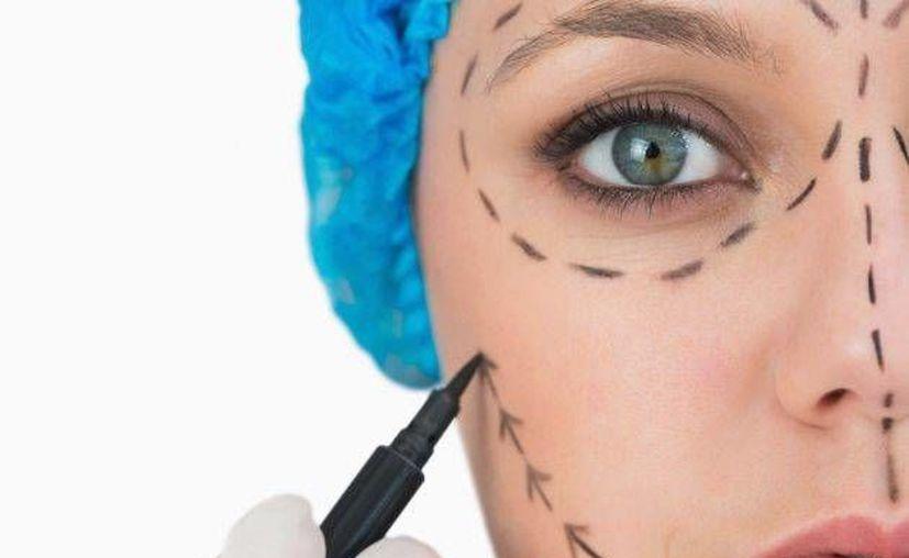 El trastorno dismórfico corporal puede ser detectado también por los cirujanos plásticos. (Contexto/Internet)