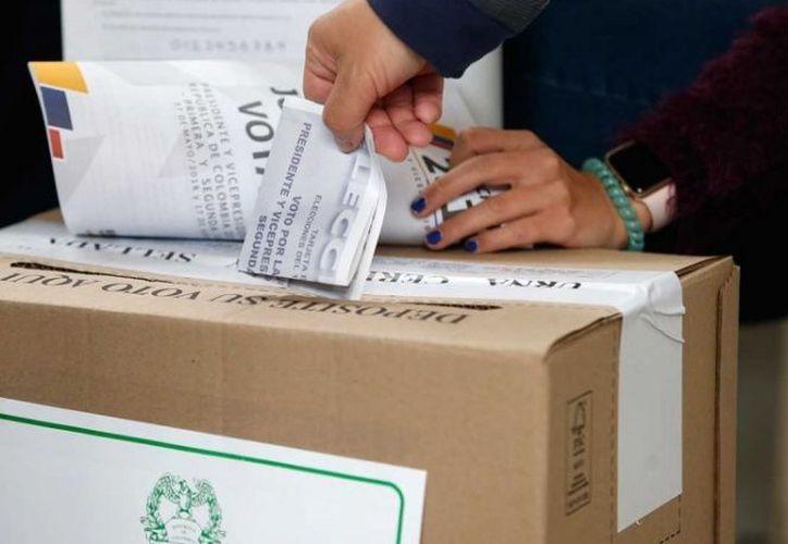 Señalan que se ha superado la mitad de la jornada electoral. (excelsior.com)
