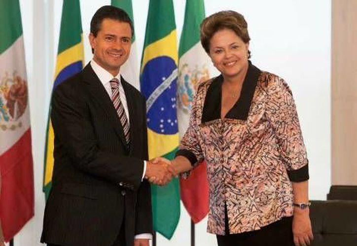 La medida facilitará el flujo de viajeros entre las dos naciones. (Agencias)