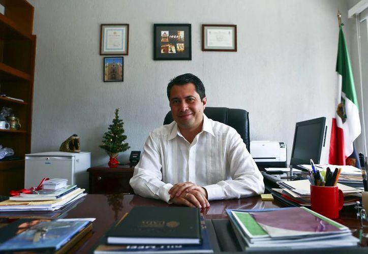 Carlos Estrada Pinto, director de Desarrollo Académico de la Uady, indicó que parte fundamental en la aplicación del MEFI. (Milenio Novedades)