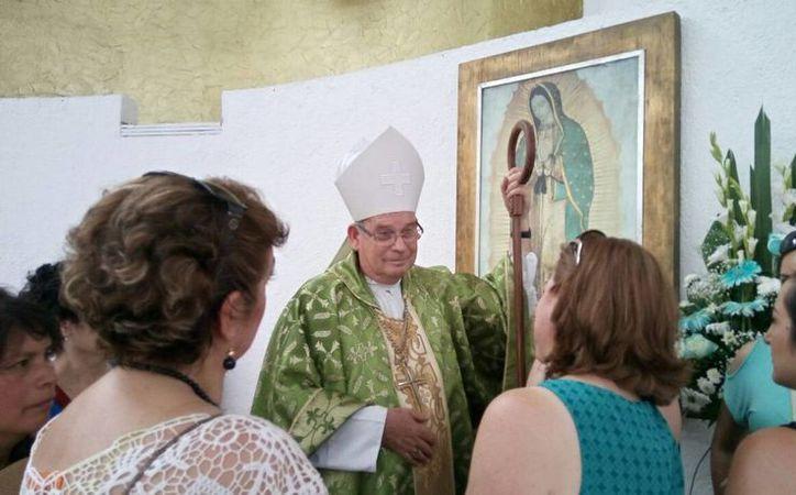 Pedro Pablo Elizondo Cárdenas, Obispo Prelado de Cancún-Chetumal, pide seguridad  al gobierno. (Luis Soto/SIPSE)