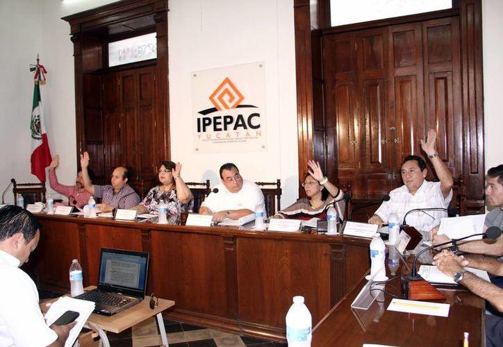 Pese al recorte al presupuesto del Ipepac, no se modificarán el financiamiento y el pago a los partidos políticos. (Milenio Novedades)