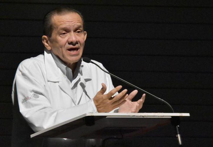 Intervención de José Enrique Baqueiro Cárdenas durante  el primer Congreso de Cultura Alimentaria de la SSY. (Fotos cortesía del Gobierno estatal)