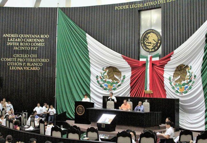 El presidente de la Comisión de los Derechos Humanos no está dentro de los funcionarios que pueden ser sujetos a juicios políticos.  (Carlos Horta/SIPSE)