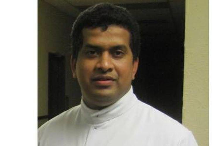 El sacerdote Raju Kokkan prestaba servicio en una iglesia de Thaikkattusery. (si24.it)