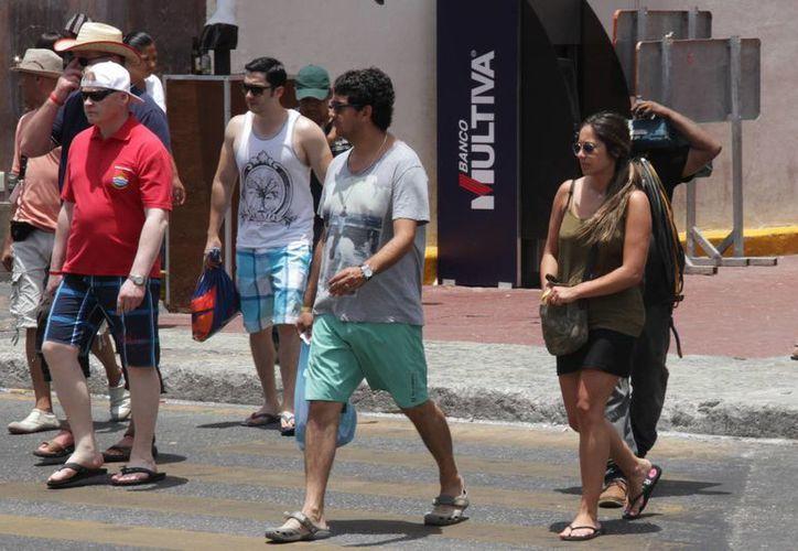 Quienes viajan por vez primera a Cancún regresan invariablemente. (Consuelo Javier/SIPSE)