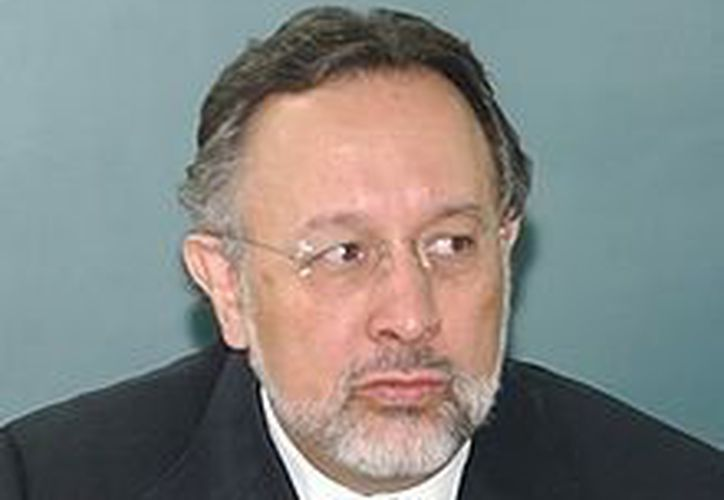 Se debe impulsar una agenda que contemple una nueva ley de partidos políticos: Aguilar Iñárritu. (www.wikipedia.org)