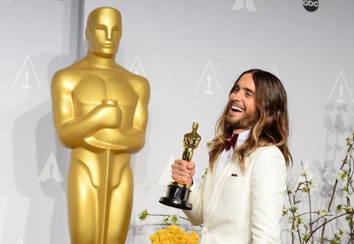 Jared Leto cuando ganó el premio al mejor actor en los Oscar de este año. (Agencias)