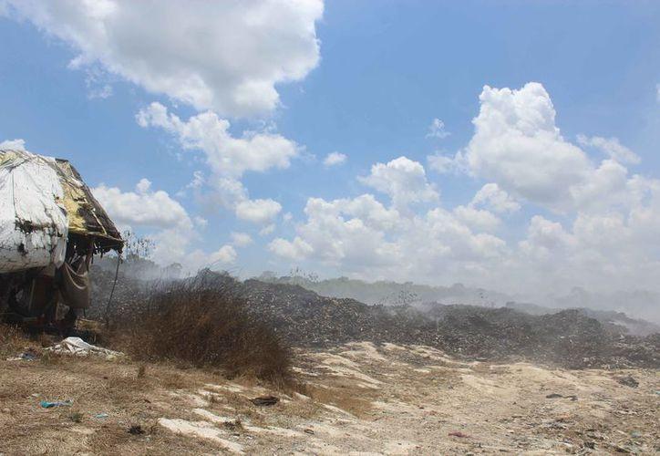 Durante abril pasado se incendió una parte de la superficie total del tiradero. (Sara Cauich/SIPSE)
