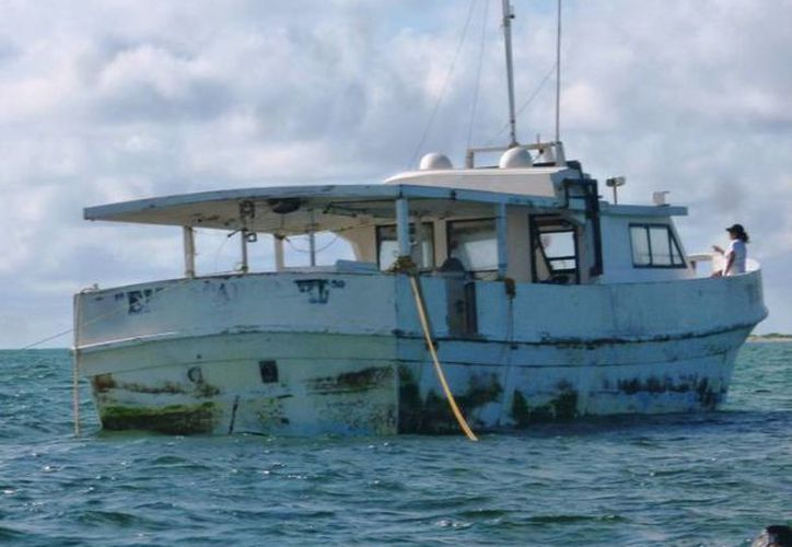 """La embarcación """"Empacador VI"""" destruyó amplia zona coralina del Arrecife Alacranes. (Milenio Novedades)"""