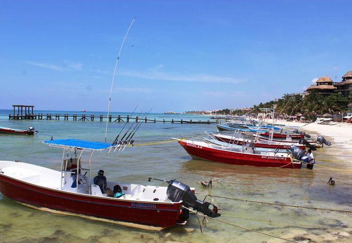 Los prestadores de servicios turísticos de la costa esperan que este fin de semana sea el primero de la temporada alta de verano. (Octavio Martínez/SIPSE)