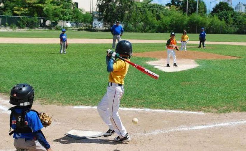 Visorias para jóvenes en el Kukulkán.(Foto: Novedades Yucatán)
