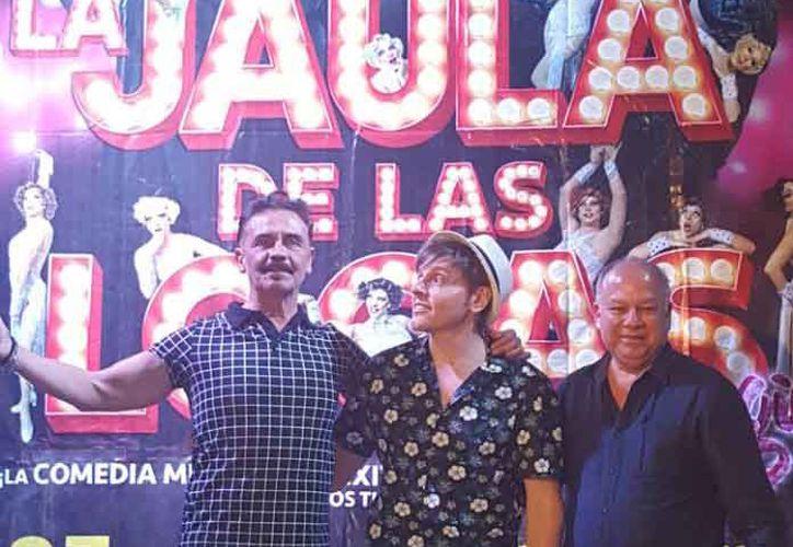 """Tomás Goros se presenta en la ciudad con la obra """"La Jaula de las Locas"""". (Jocelyn Díaz/SIPSE)"""