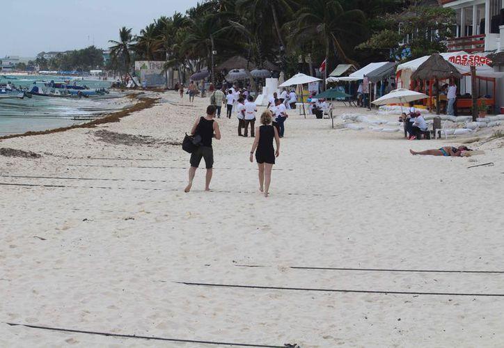 La playa El Recodo cuenta con una extensión de aproximadamente 100 metros. (Octavio Martínez/SIPSE)