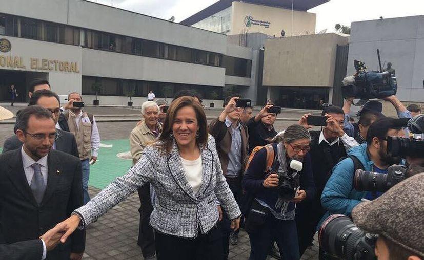 Margarita Zavala deberá de recolectar alrededor de un millón de firmas para acreditar su candidatura. (Diario de Querétaro)