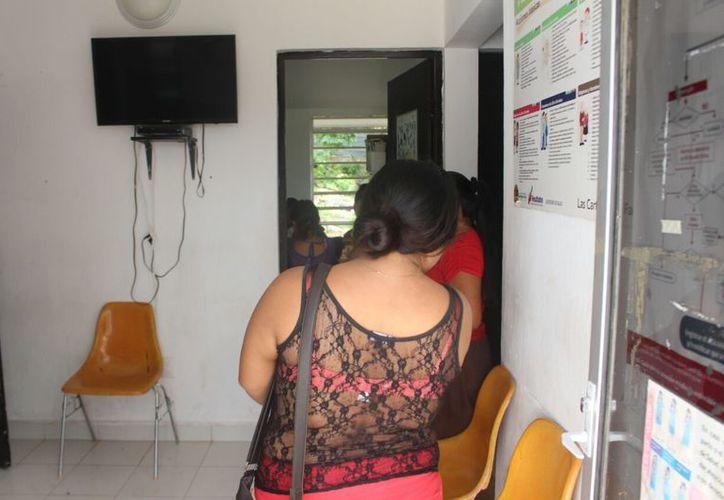 En 2017 se presentó un aumento de 779 casos, 753 son en mujeres y 26 en hombres. (José Chi/SIPSE)