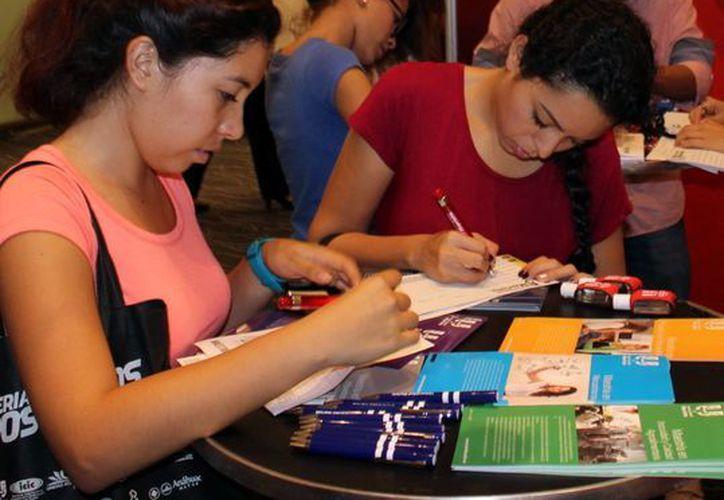 La Conacyt anunció que la feria de posgrados de Yucatán se realizará el próximo martes 15, en el Centro de Convenciones y Exposiciones Yucatán Siglo XXI. (Milenio Novedades)