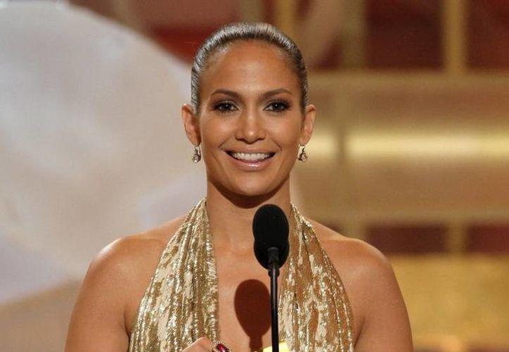 Jennifer Lópex se lleva el sonriente galardón, seguida por Halle Berry y en tercer lugar Jennifer Aniston. (Agencias)
