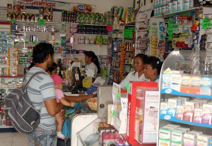 Tomar medicamentos que no fueron prescritos por un médico trae riesgos para el paciente, aseguran especialistas del IMSS. (Milenio Novedades)