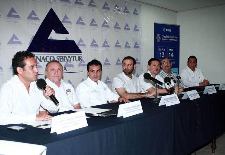 Apuestan a elevar la productividad en las empresas yucatecas. (Milenio Novedades)