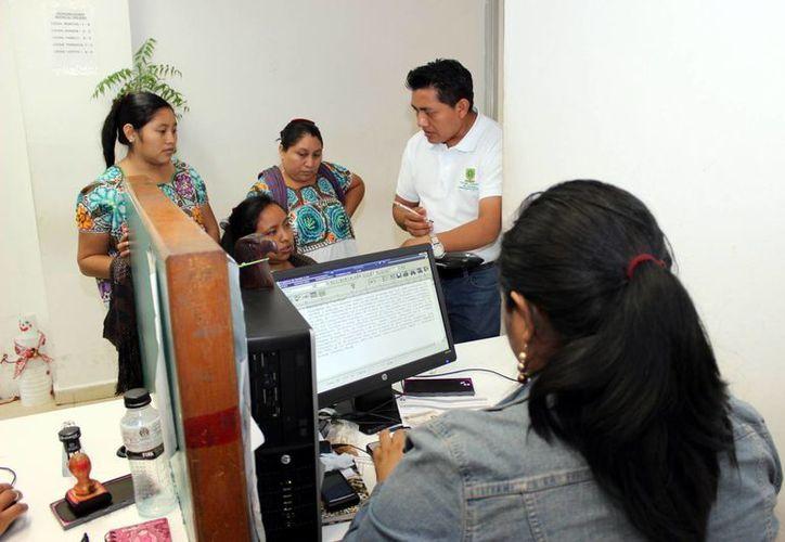 La Unidad ha apoyado en 800 traducciones en lengua maya. (Milenio Novedades)