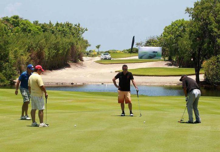Los campos de golf de los destinos reciben eventos deportivos nacionales e internacionales. (Redacción/SIPSE)