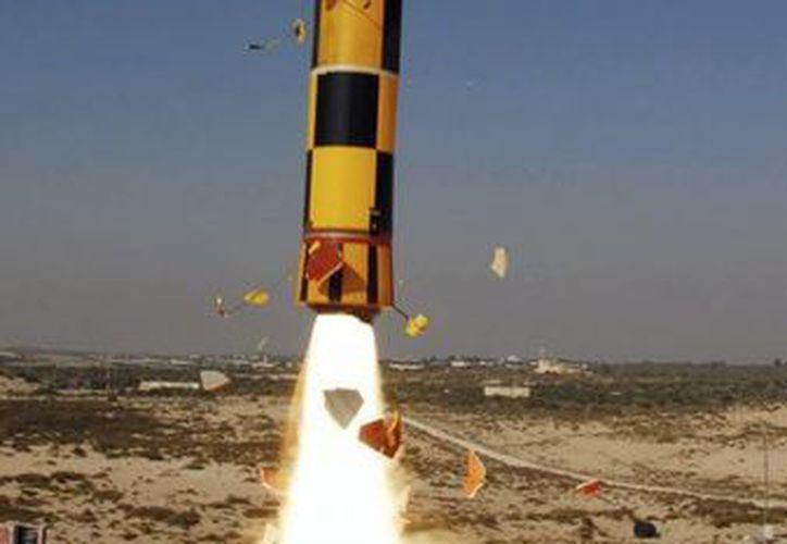 """Prueba de lanzamiento del cohete antimisiles """"Arrow"""", en Palmahim, al sur de Tel Aviv, el 20 de septiembre de 2011. (EFE/Archivo)"""