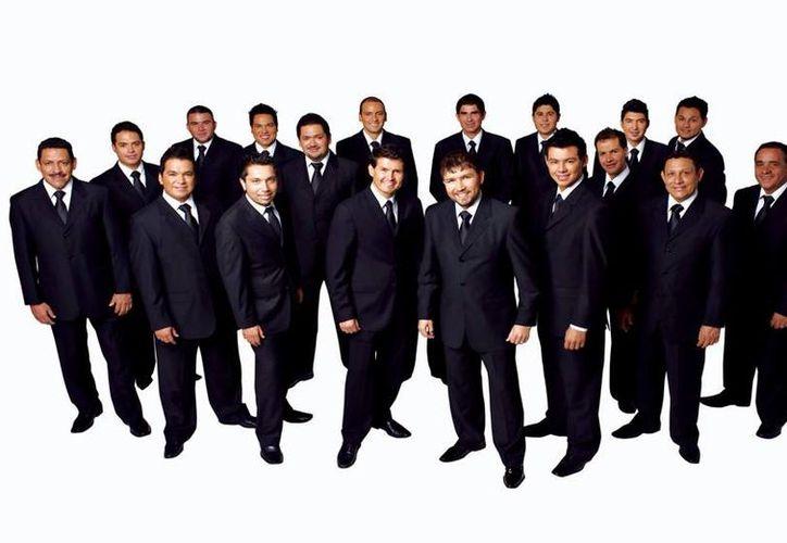 Está es la segunda ocasión en lo que va del año que se presenta la Banda el Recodo en Cancún. (Foto/Internet)