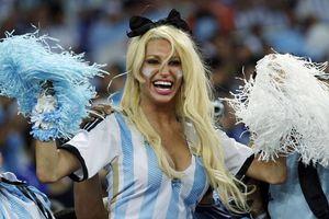 Argentina sufre pero derrota a Bosnia (2-1)