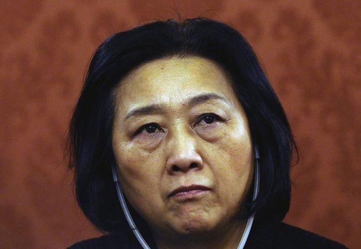 Foto de archivo del 2009 que muestra a la periodista china Gao Yu durante su asistencia a un debate celebrado en Praga, República Checa. Fue sentenciada en China a 7 años de cárcel. (EFE/Archivo)