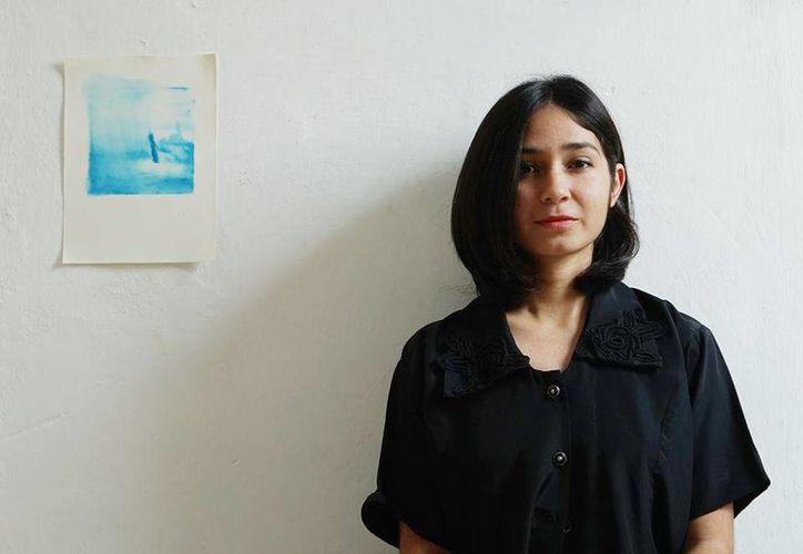 """La artista yucateca Ange Cano, autora de la exposición """"Los Pescadores de Chelem"""". (Cortesía)"""