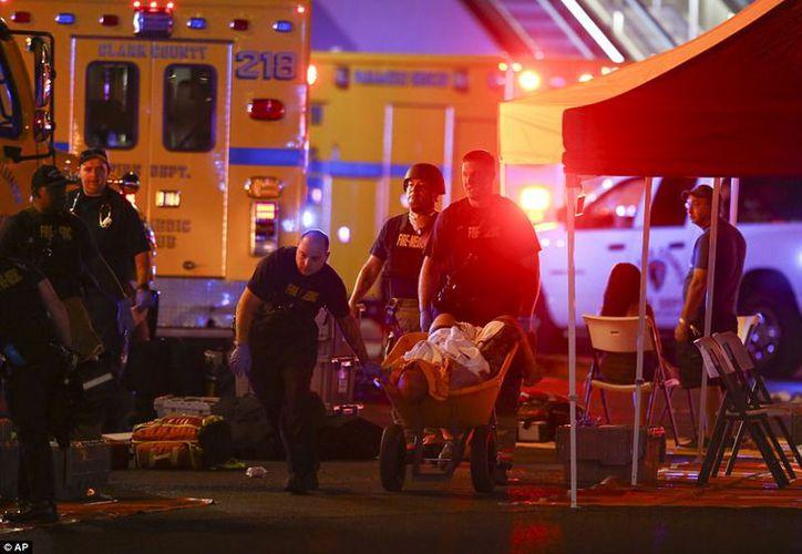 Se calcula que 406 personas fueron trasladadas a hospitales, mientras que el autor del ataque se suicidó.  (Foto: AP)