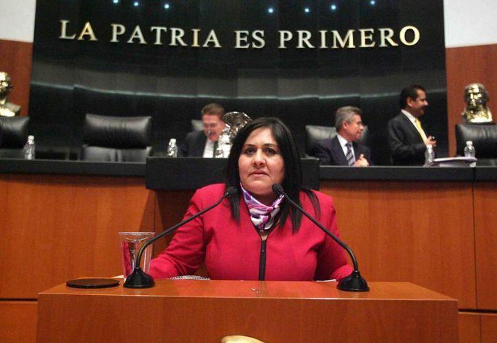 La presidenta del Organismo Nacional de Mujeres Priistas, Diva Gastélum, rechazó adelantar el nombre de alguna abanderada. (d2.bdtr.net)