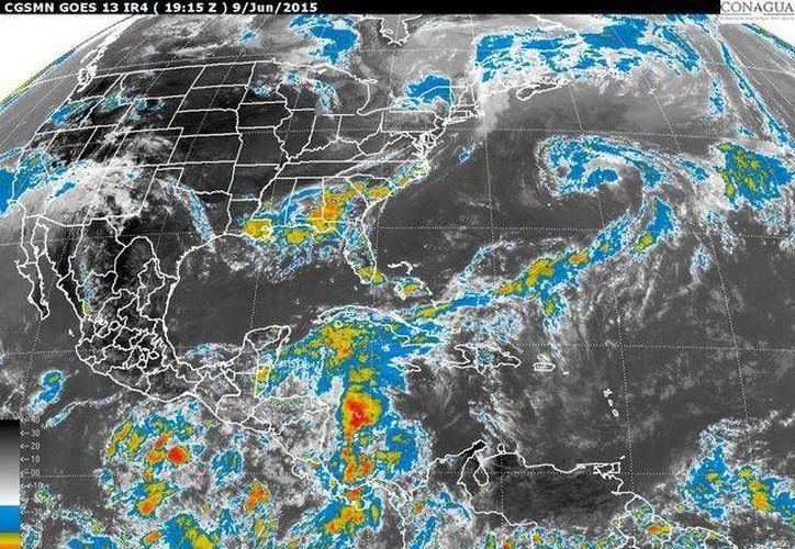 """Prácticamente imperceptible la depresión trtopical """"blanca"""" en esta imagen de satélite de la Conagua. (http://www.cna.gob.mx/)"""
