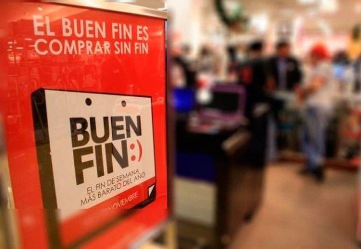 El Gobierno autorizó el pago adelantado de 25 por ciento de aguinaldo, para todos los burócratas de Yucatán, a fin de que puedan 'participar' en el Buen Fin 2016. (Archivo/Milenio Novedades)